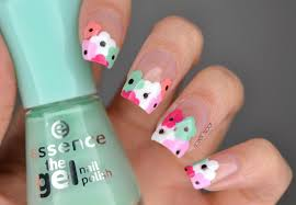 NAILS | Negative Space Flowers #ManiMonday | Cosmetic Proof ...