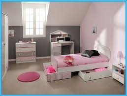 bedroom ideas for teenage girls with medium sized rooms. Delighful Ideas Gorgeous Attic Pink Bedroom Ideas For Teenage Girls With Medium Sized Rooms  Space E