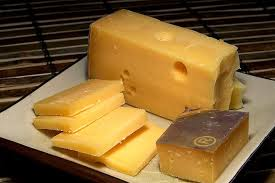 Cheese Melting Chart Edam Cheese Vs Gouda Cheese Difference And Comparison Diffen