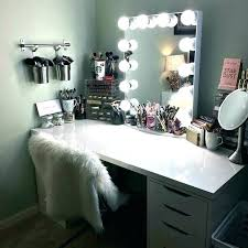 Vanity mirror lighting Bedroom Bedroom Mirrors With Lights Vanity Mirrors With Lights Amazing Makeup Mirror With Lights Bedroom Vanities Mirrors Home And Bedrooom Bedroom Mirrors With Lights Vanity Mirror With Lights For Bedroom