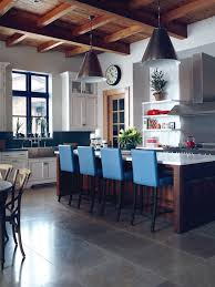 Traditional & Relaxed Kitchen
