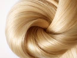 تنعيم الشعر بزيت الخروع