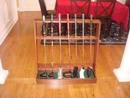 Golf Club Display Stand Decor Displaying Golf Clubs Golf Room Ideas Golf Themed Office 45