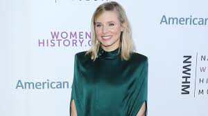 Kristen Bell Uses This Eleanor Roosevelt Quote To Overcome Feeling