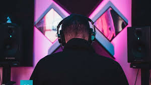 Hi guys, i've been wanting to start producing music for some time now but the thing holding me back is i don't know what to start doing/learning. Learn To Dj Like A Pro With This Bundle Of Expert Led Classes Jioforme
