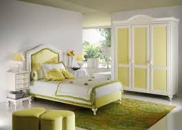 Modern Teenage Bedroom Furniture Bedroom Simple Retro Teen Bedroom Furniture With Red Metal Bed