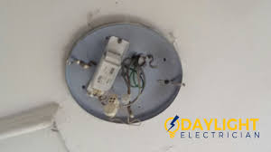 Fluorescent Light Problems Ceiling Fluorescent Light Troubleshooting Replace Ballast