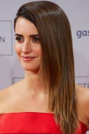 top 10 celebrities with straight hairstyles