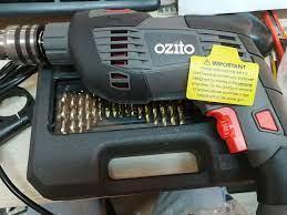 Máy khoan điện với 51 phụ kiện Ozito HDR-1100. Bộ sản phẩm hoàn hảo cho quý  khách hàng thân thương Hải Sơn Giang mang đến bộ sản phẩm ưu việt, đáp ứng