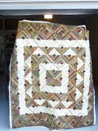 Log Cabin #Quilt with interesting square setting | Log Cabin quilt ... & Log Cabin #Quilt with interesting square setting Adamdwight.com