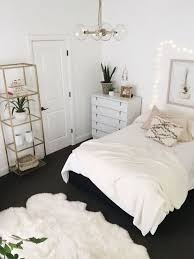 Gold And White Bedroom Ideas