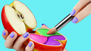 17 weird ways to sneak makeup into cl back to pranks