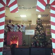office cubicle christmas decorations. Modren Decorations Office Holiday Decorating Ideas Attractive Christmas Decor Pole Contest For  15  Coralreefchapelcom Unique Office Door Holiday Decorating Ideas  Cubicle Decorations