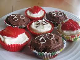 Taste My Plate Happy Birthday Cup Cakes