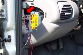 how to modify a 2000 2002 neon's side markers to blink 2000 dodge neon fuse box fuse box and wire locations