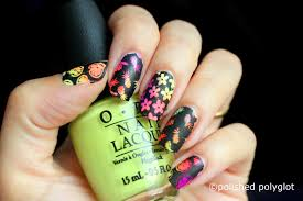 Nail art │ Neon and black nail design [Nail crazies unite ...