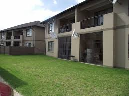 2 bedroom townhouse. 2 bedroom townhouse for sale in parkrand