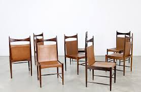 eight chairs by sergio rodrigues