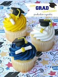 Graduation Cupcake Cake Ideas Graduati Beoom