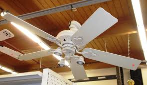 labels kitchen ceiling fan with light