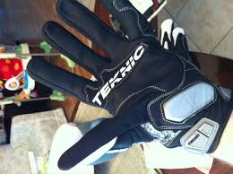 Teknic Gloves Size Xxl Way Too Big For Me Who Wants Pay