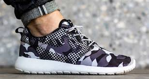 Nike Pattern Shoes Amazing Not One But Two Different Patterns Appear On The Latest Nike Roshe