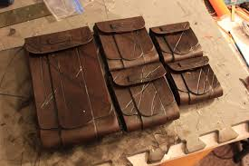 picture of leather pouch tutorial intro to basic leather working