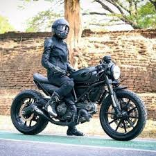 ducati scrambler 800 cafe racer review motorbiketrader co uk