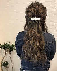 ロング ハーフアップ ねじり 結婚式ヘアアレンジhair Salon Stella Mai