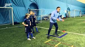Академия <b>футбола</b>. Урок №3. Обыгрыш и отбор мяча - YouTube