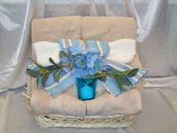 deluxe towel gift basket blue gb100