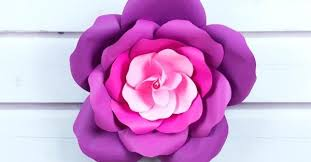 Rose Flower With Paper Learn To Craft Giant Paper Roses In 5 Easy Steps And Get A Free
