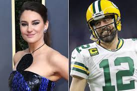 Check out full gallery with 641 pictures of shailene woodley. Aaron Rodgers And Shailene Woodley Are Reportedly Dating