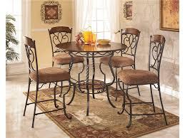 Esszimmer Mit Rundem Tisch