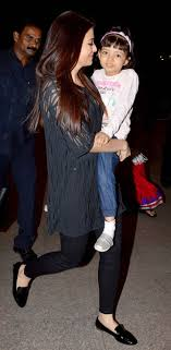 spotted aishwarya rai bachchan with daughter aaradhya