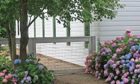 hardscaping 101 hog wire fence