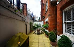 2 Bedroom Flat For Rent In London