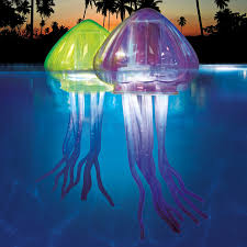 Diy Jellyfish Decorations These 20 Life Size Light Up Jellyfish Will Surely Add Some Life