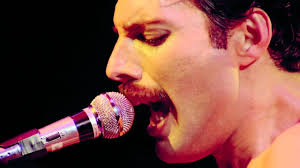 Queen, Bohemian Rhapsody <b>Freddie Mercury</b> - YouTube
