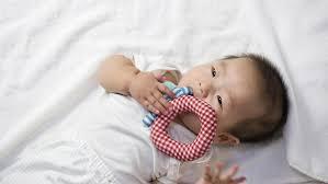 Teething Your Babys First Teeth Babycenter