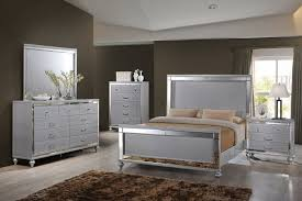 New Classic Bedroom Furniture New Classic Valentino 4 Piece Bedroom Set In Rustic