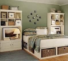 Bedroom Smart Storage In Wicker Baskets ...