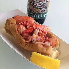 Cousins Maine Lobster Food Truck Rolls ...