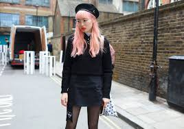 the neon lips of london fashion week s best street style stars vogue