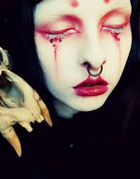 adorable gothic vire makeup ideas for party 47