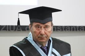 """Doctor Honoris Causa al Universităţii """"Andrei Şaguna"""": Valer Dorneanu - """"Chiar dacă nu sunt constănţean, acest titlu înseamnă foarte mult"""" (galerie foto)"""