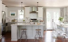 Webisode Kitchen - Lowes Renovation. Sarah Richardson takes a ...