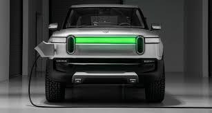 Rivian announces R1T pickup truck: $69k starting price, 400+ mile ...