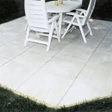 w gray square patio stone
