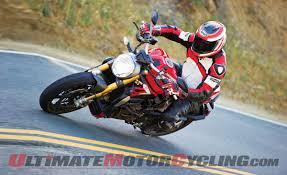 BMW S1000R Vs. Ducati Monster 1200 S   Grand Seduction